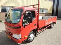 02-VZS-1   Toyota TOYOTA DYNA 150